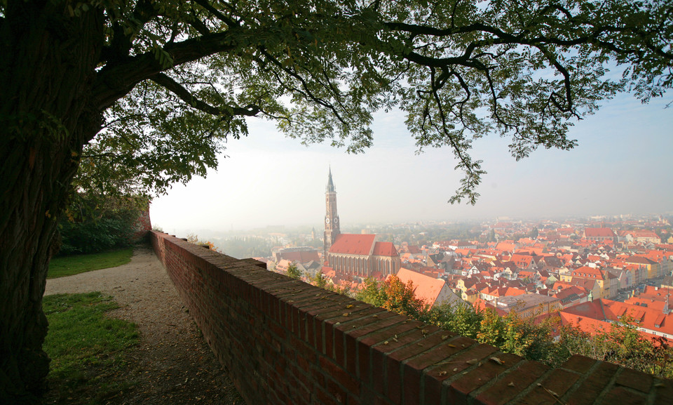 Blick vom Hofgarten auf Landshut