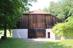 Die 'Kugelhalle' am Ganslberg in Landshut.