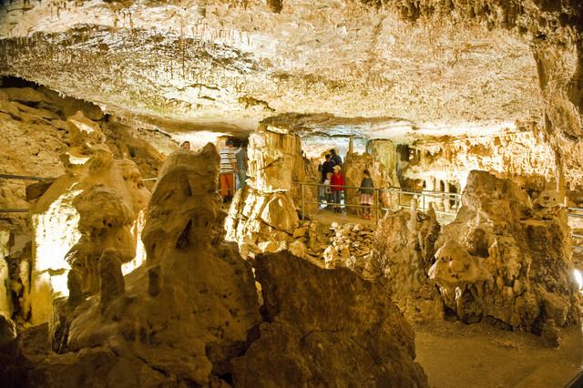 Tropfsteinhöhle Velburg