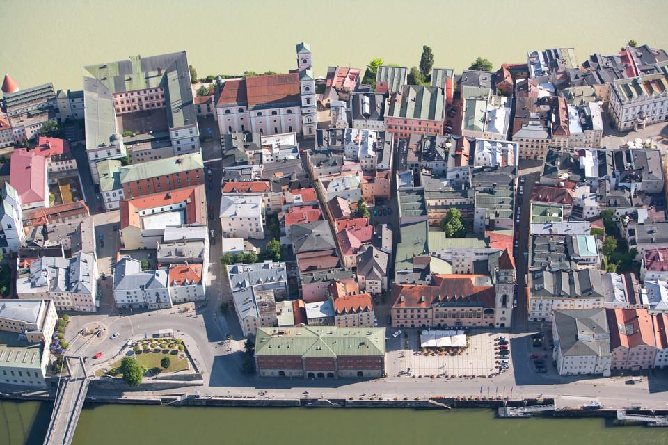 Die Drei-Flüsse-Stadt Passau aus der Luft