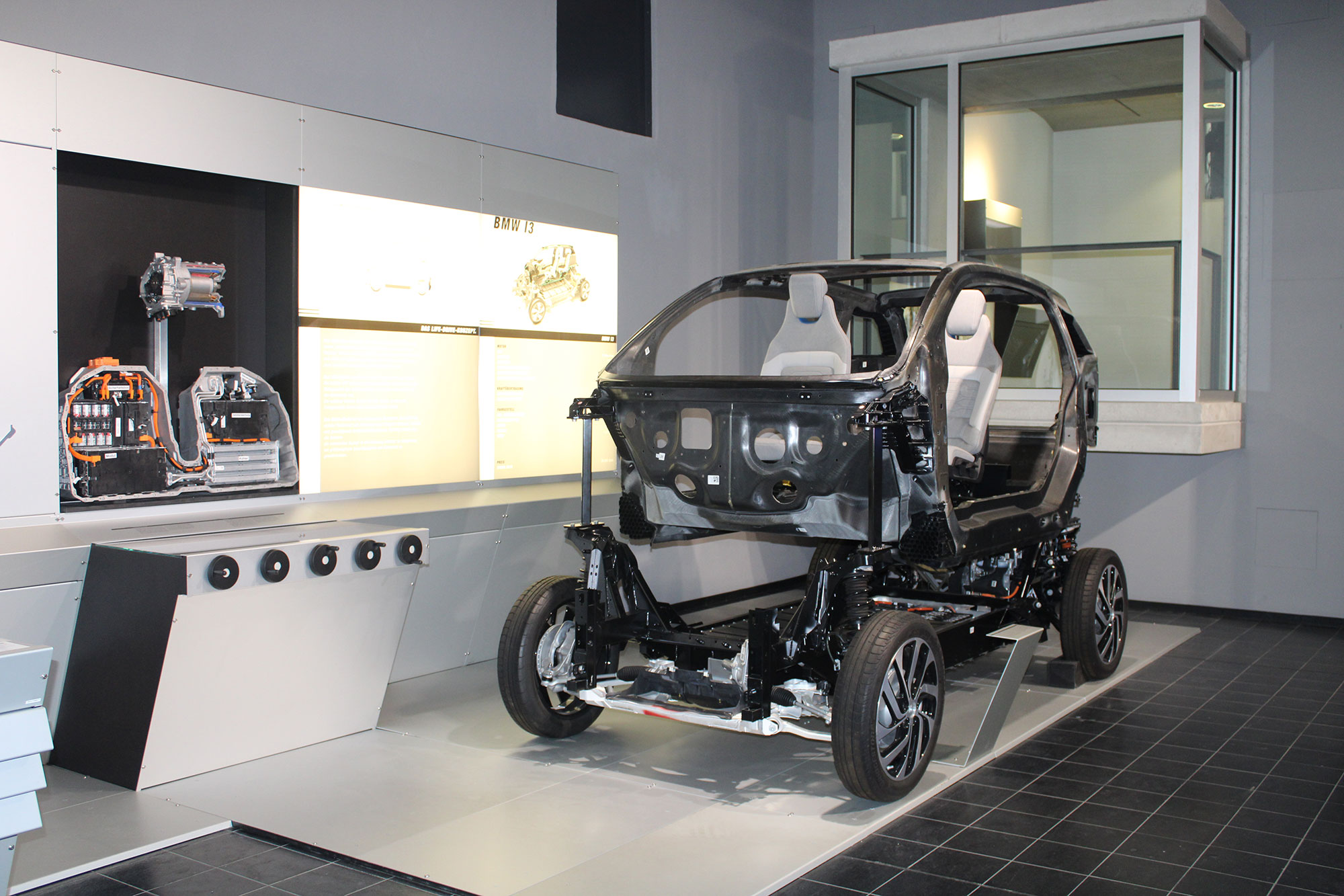 Exklusive Einblicke in den Aufbau des BMW i3