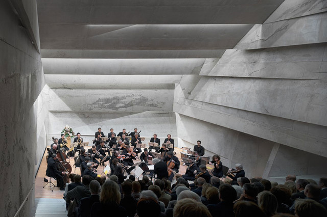Konzerthaus Blaibach_Konzertsaal_Naaro