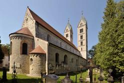 Eine Oase der Ruhe - Der Friedhof St. Peter in Straubing mit rund 1.350 Grabmälern.