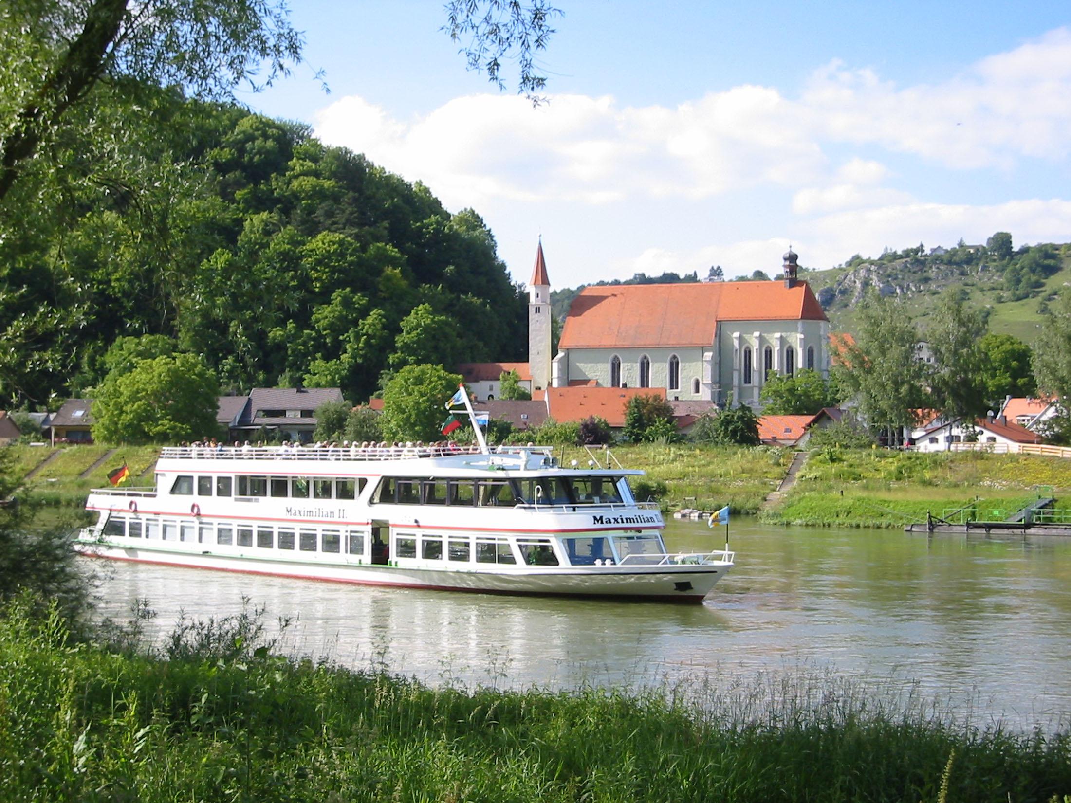 Boat trips on the river Danube