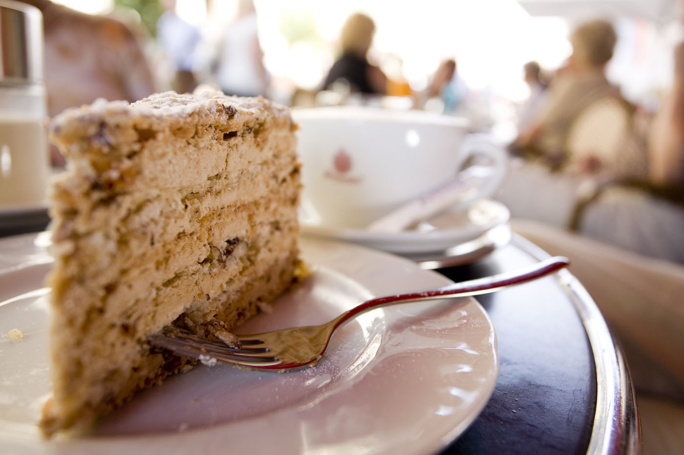 Die original Agnes-Bernauer-Torte ist eine süße Hommage an eine große Straubinger Liebesgeschichte mit tragischem Ende