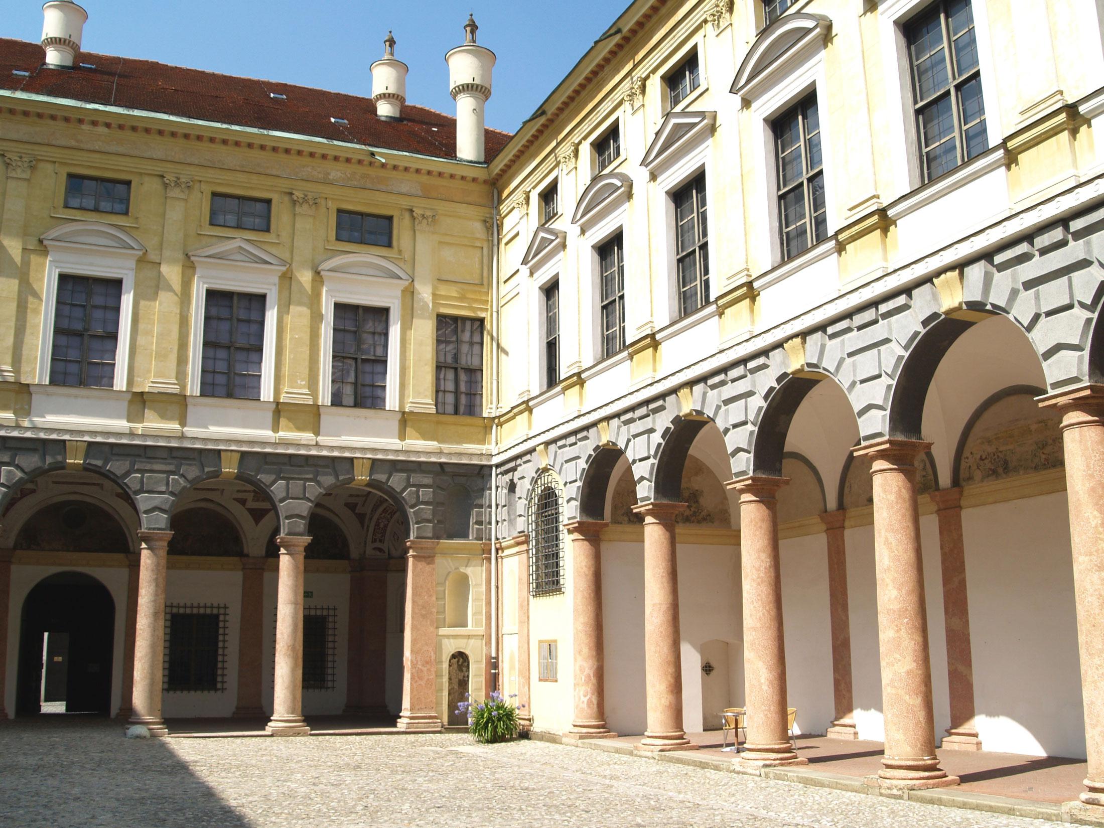 Die Landshuter Stadtresidenz: Ein italienischer Palazzo als erster Renaissancepalast nördlich der Alpen