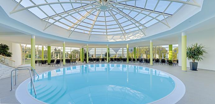 Pool des Hotel Fürstenhof in Bad Griesbach