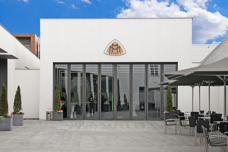 Blick auf das Maybach-Museum in Neumarkt