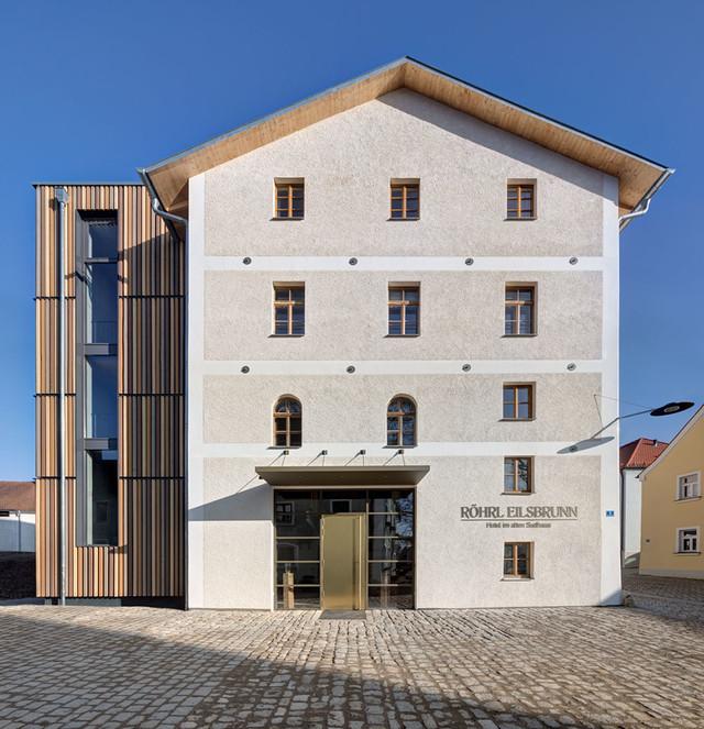 Hotel-Roehrl_Aussen_2_Erich-Spahn.jpg