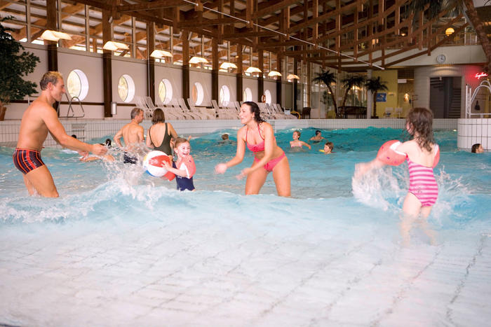 Badespaß im Freizeitbad Caprima in Dingolfing
