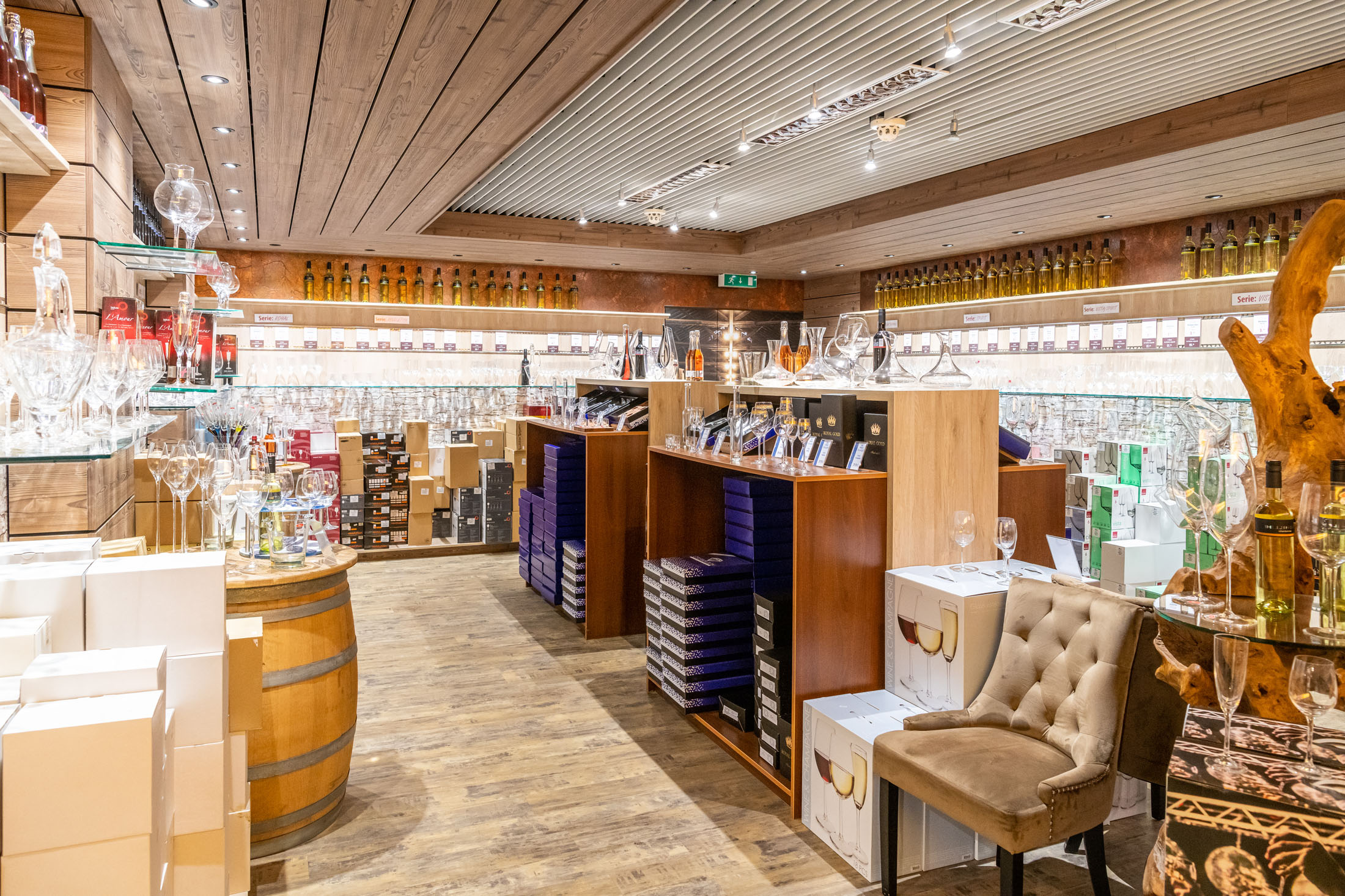 Shopping at the Crystal Road - Einkaufen an der Glasstraße