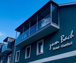 Das Hotel wurde im Jahr 2020 umgebaut und die Fassade erneuert.
