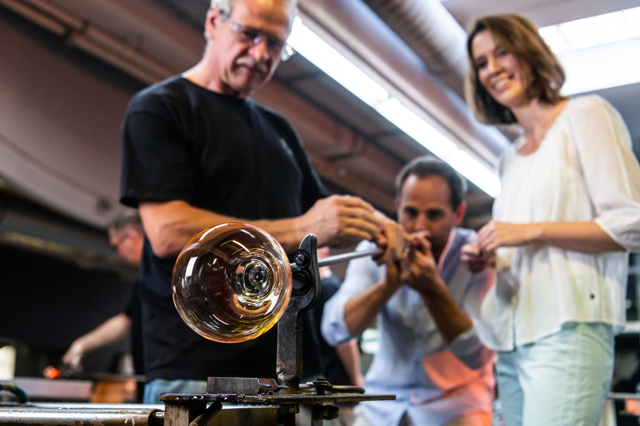 You can blow a glass ball for yourself - Selbst glasblasen