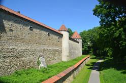 Die Stadtmauer in Amberg ist knapp drei Kilometer lang und heute noch fast vollständig erhalten.